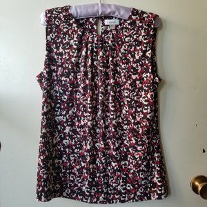 Black and Pink Floral Round Neck Short Sleeve Top